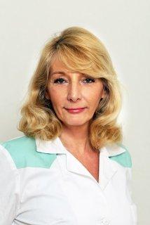 Dr. Skurdenka Beatrix