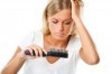 Pajzsmirigyzavar is állhat a hajhullás hátterében