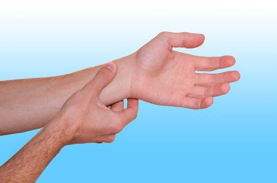 Súlyos betegséget jelezhet a fokozott izzadás és a szapora pulzus